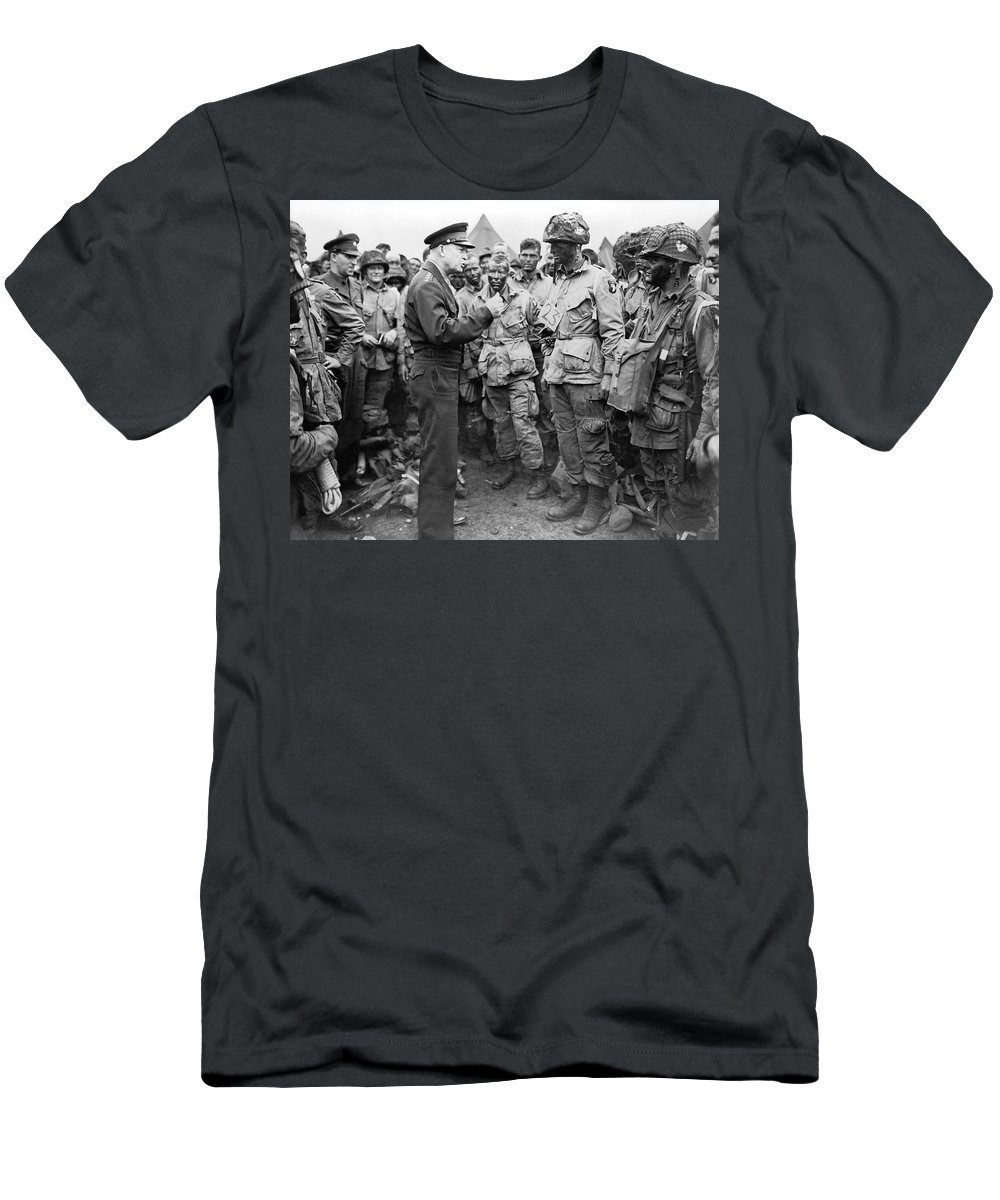 1940s Men's T-Shirt (Athletic Fit) featuring the photograph Ike With D-day Paratroopers by Underwood Archives