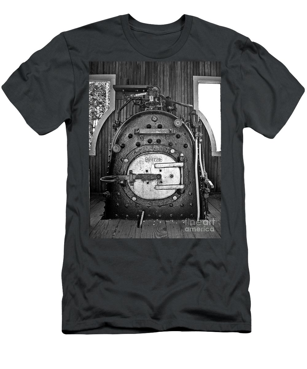 Engine Men's T-Shirt (Athletic Fit) featuring the photograph In Control B by Sara Raber