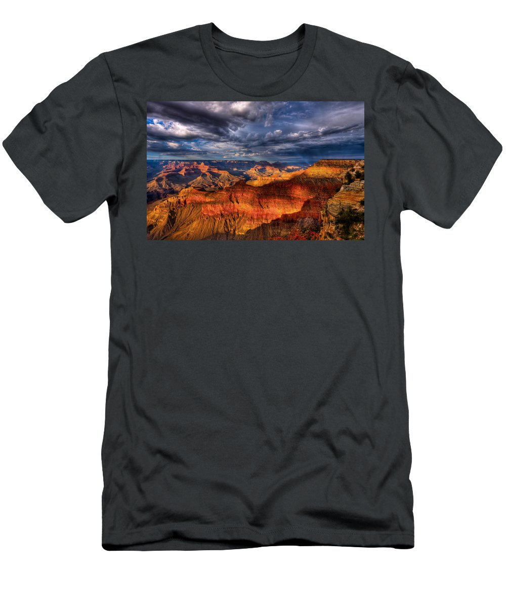 Grand Canyon Men's T-Shirt (Athletic Fit) featuring the photograph Inspiration by Beth Sargent