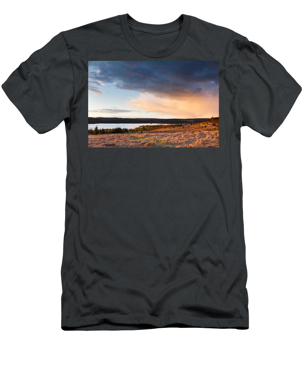 Northumberland Men's T-Shirt (Athletic Fit) featuring the photograph Kielder At Sunset by David Head