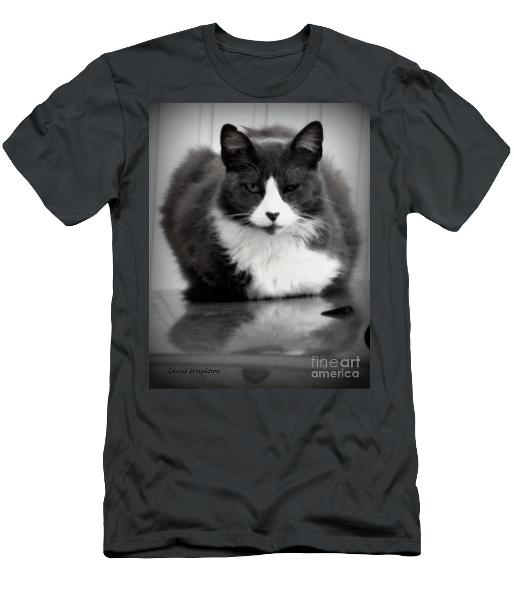 Cat Men's T-Shirt (Athletic Fit) featuring the photograph Kitty On A Car by Lainie Wrightson