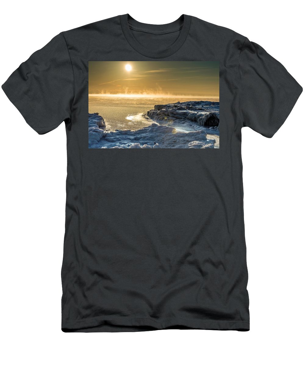 Iceburg Men's T-Shirt (Athletic Fit) featuring the photograph Lake Mars by James Meyer