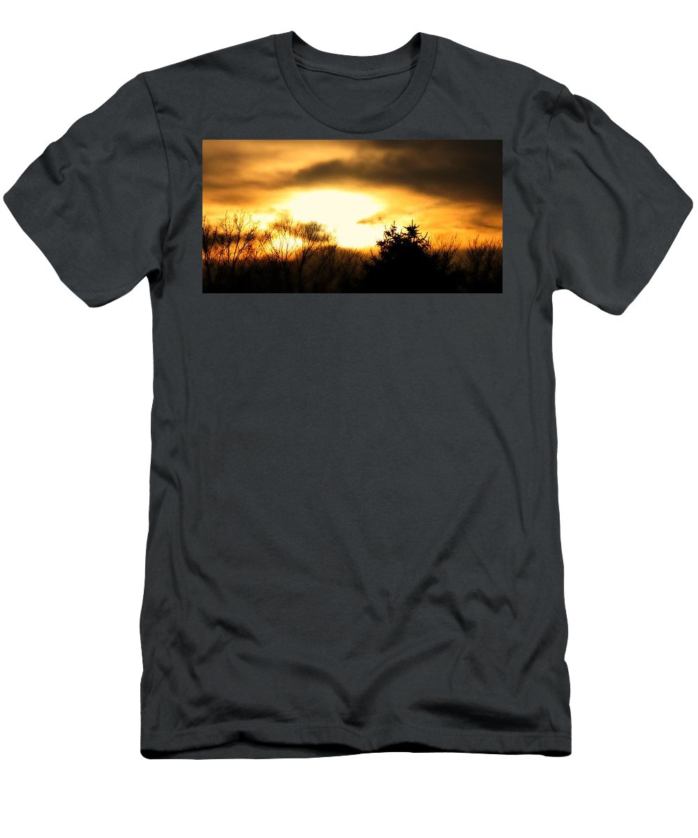 Stormscape Men's T-Shirt (Athletic Fit) featuring the photograph Late April Nebraska Sunset by NebraskaSC