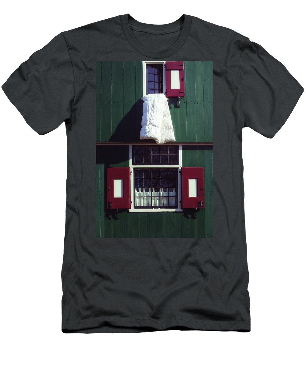 Duvet Men's T-Shirt (Athletic Fit) featuring the photograph Laundry Day by Joana Kruse