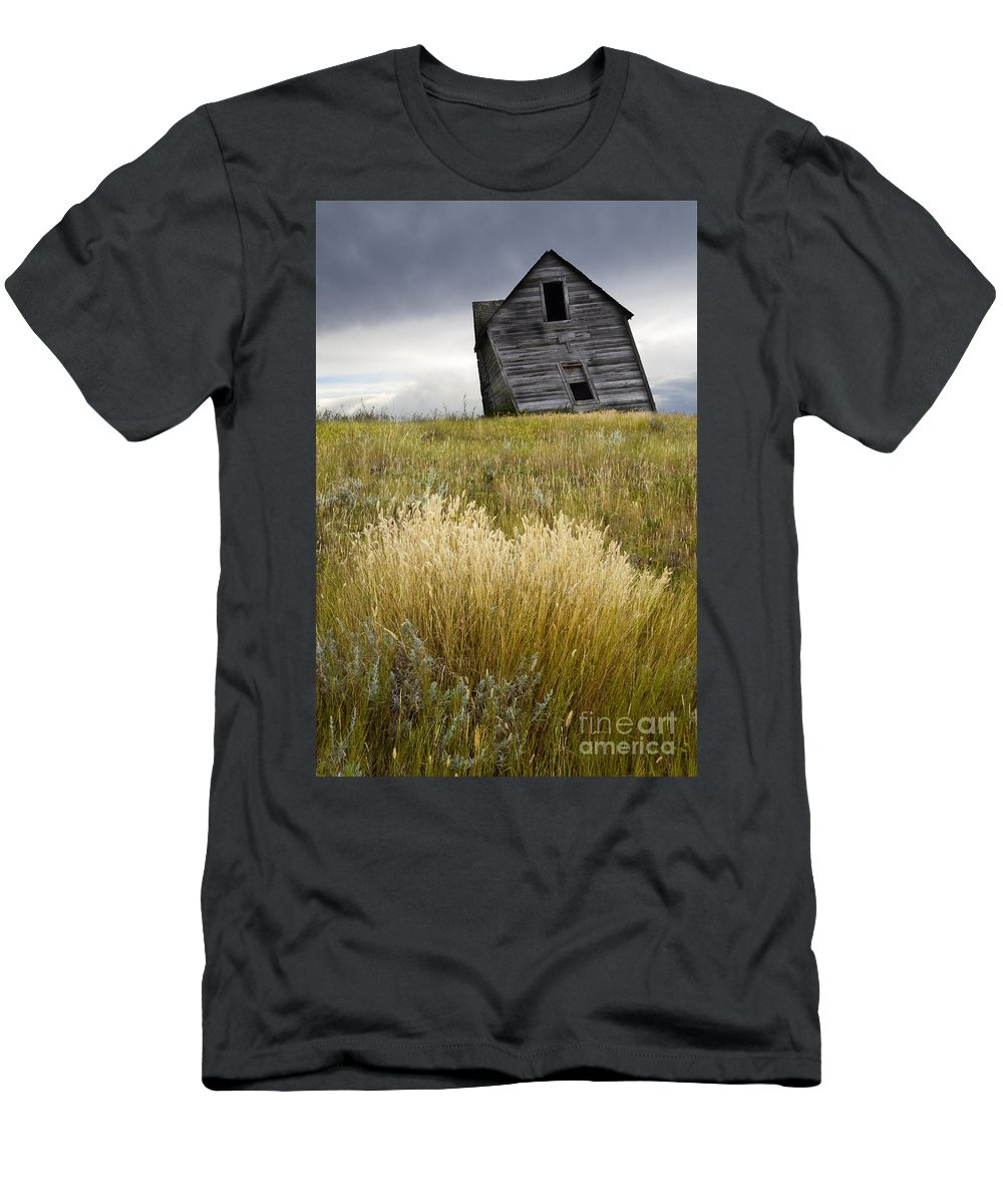 Homestead Men's T-Shirt (Athletic Fit) featuring the photograph Leaning A Little by Bob Christopher