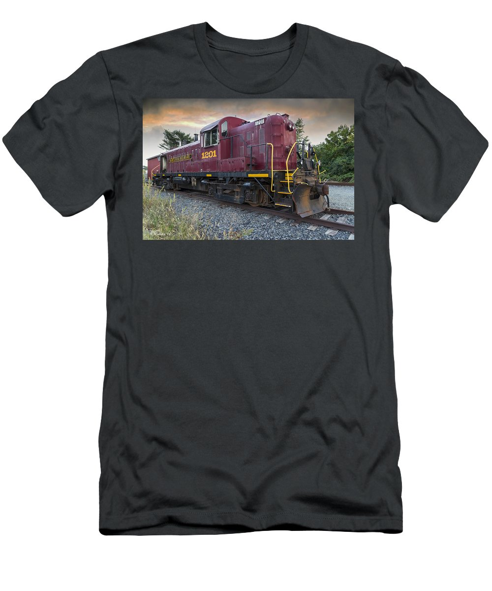 2d Men's T-Shirt (Athletic Fit) featuring the photograph Maryland_delaware 1201 by Brian Wallace