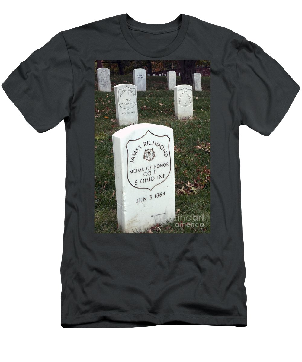 Medal Of Honor Men's T-Shirt (Athletic Fit) featuring the photograph Medal Of Honor by Paul W Faust - Impressions of Light