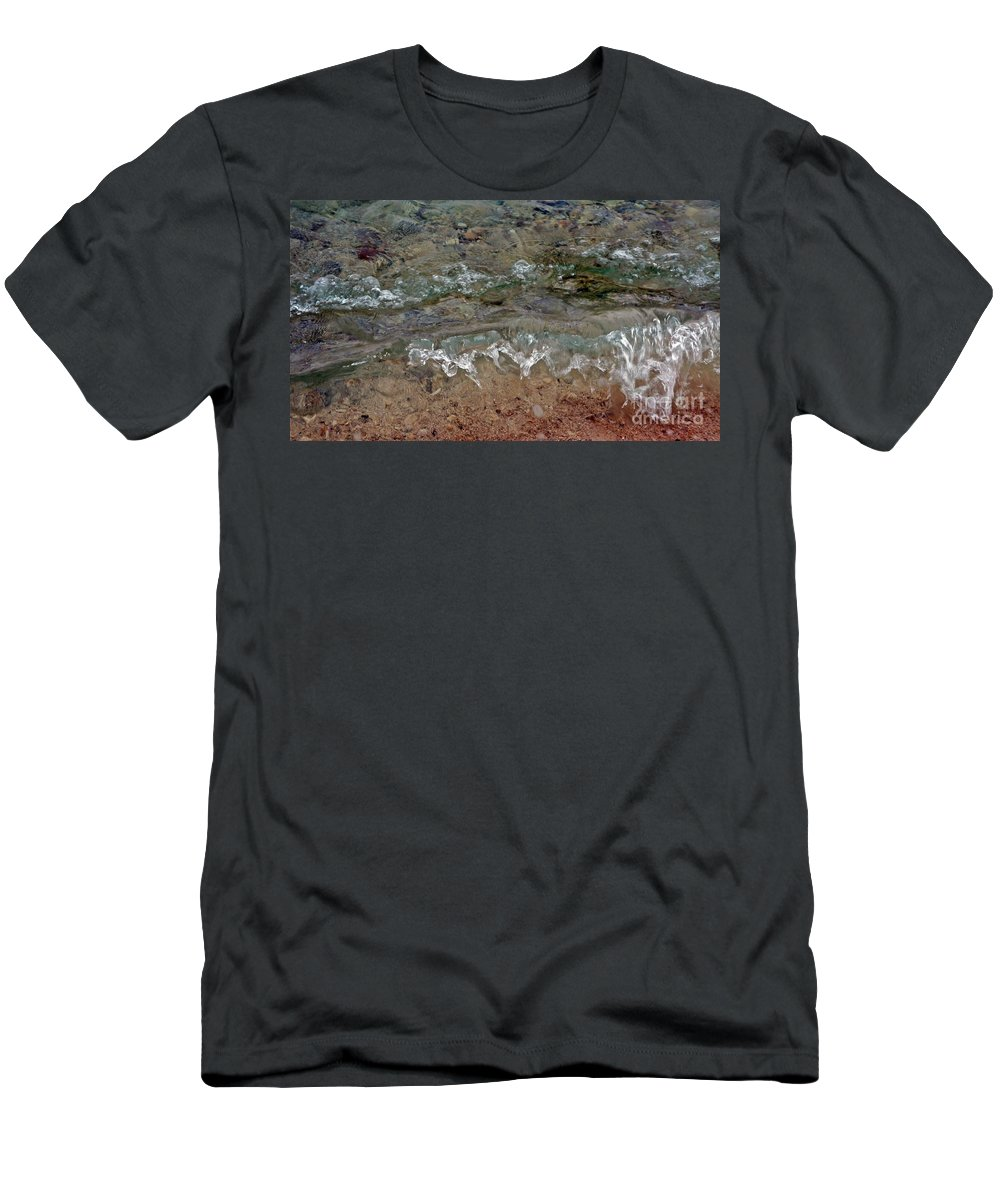 Waves Men's T-Shirt (Athletic Fit) featuring the photograph Microwaves I by Lilliana Mendez