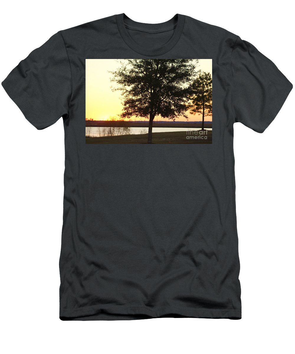 Mississippi Men's T-Shirt (Athletic Fit) featuring the photograph Mississippi Sunset 12 by Michelle Powell