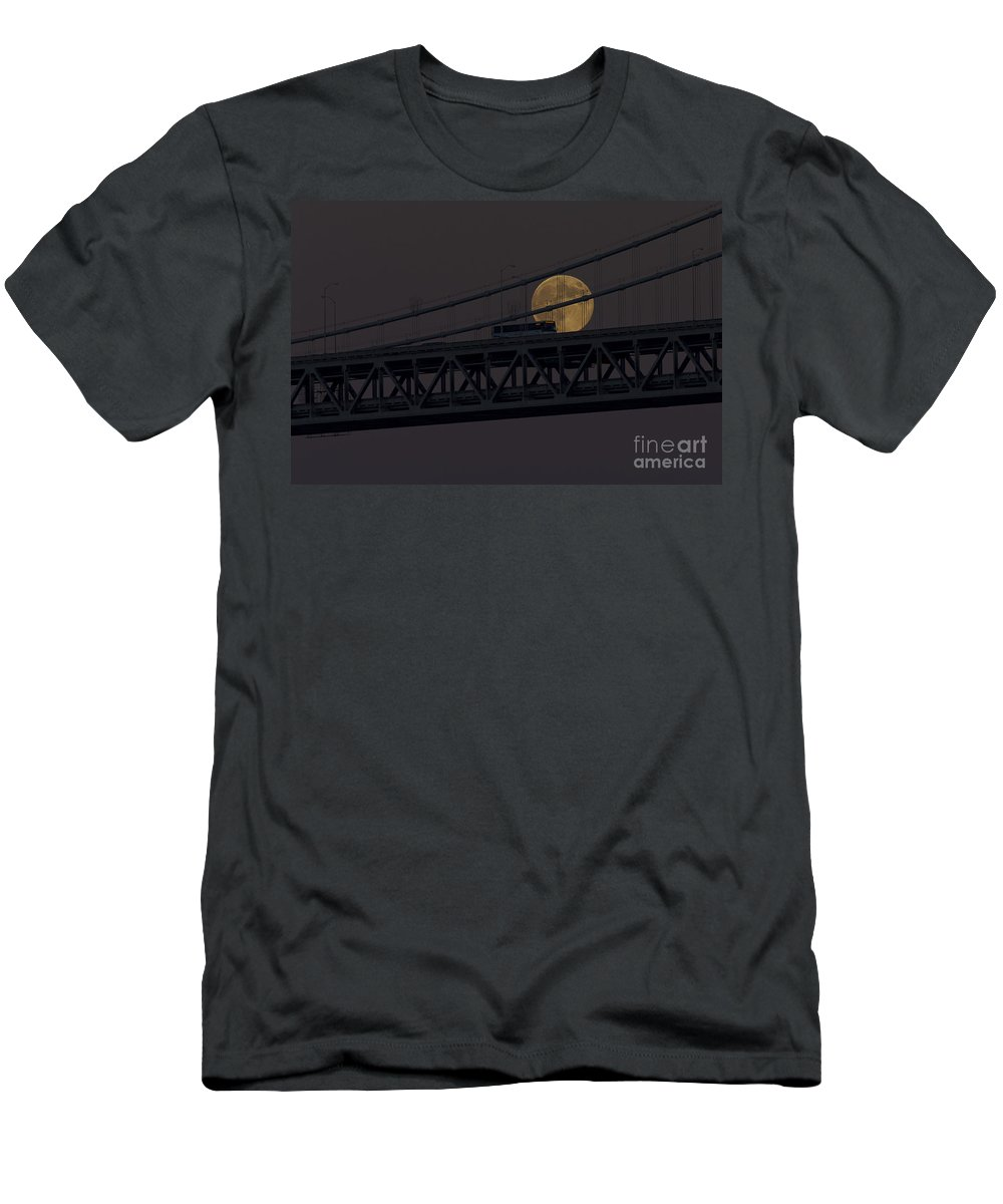 Kate Brown Men's T-Shirt (Athletic Fit) featuring the photograph Moon Bridge Bus by Kate Brown