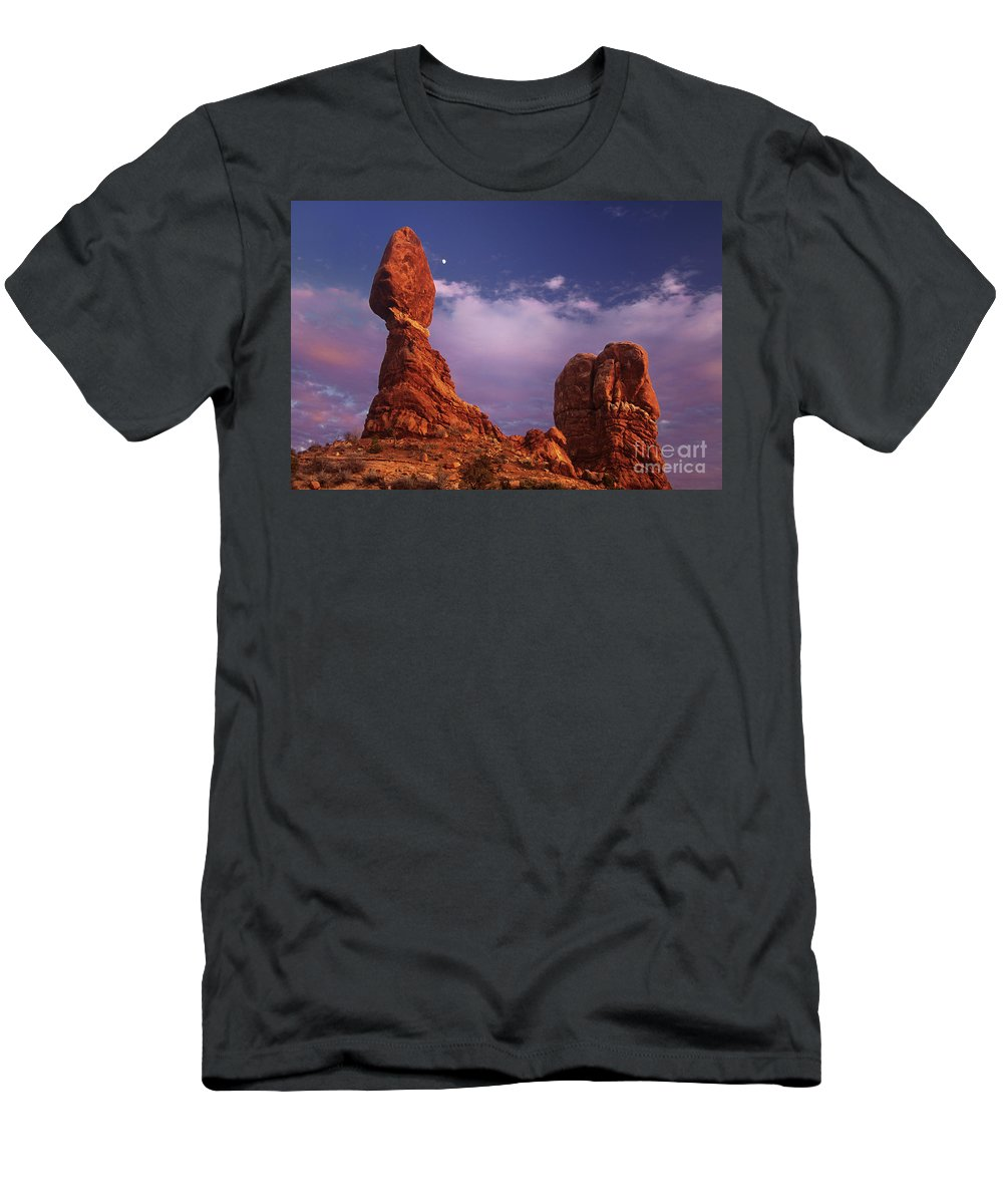 Arches National Park Men's T-Shirt (Athletic Fit) featuring the photograph Moonrise At Balanced Rock Arches National Park Utah by Dave Welling