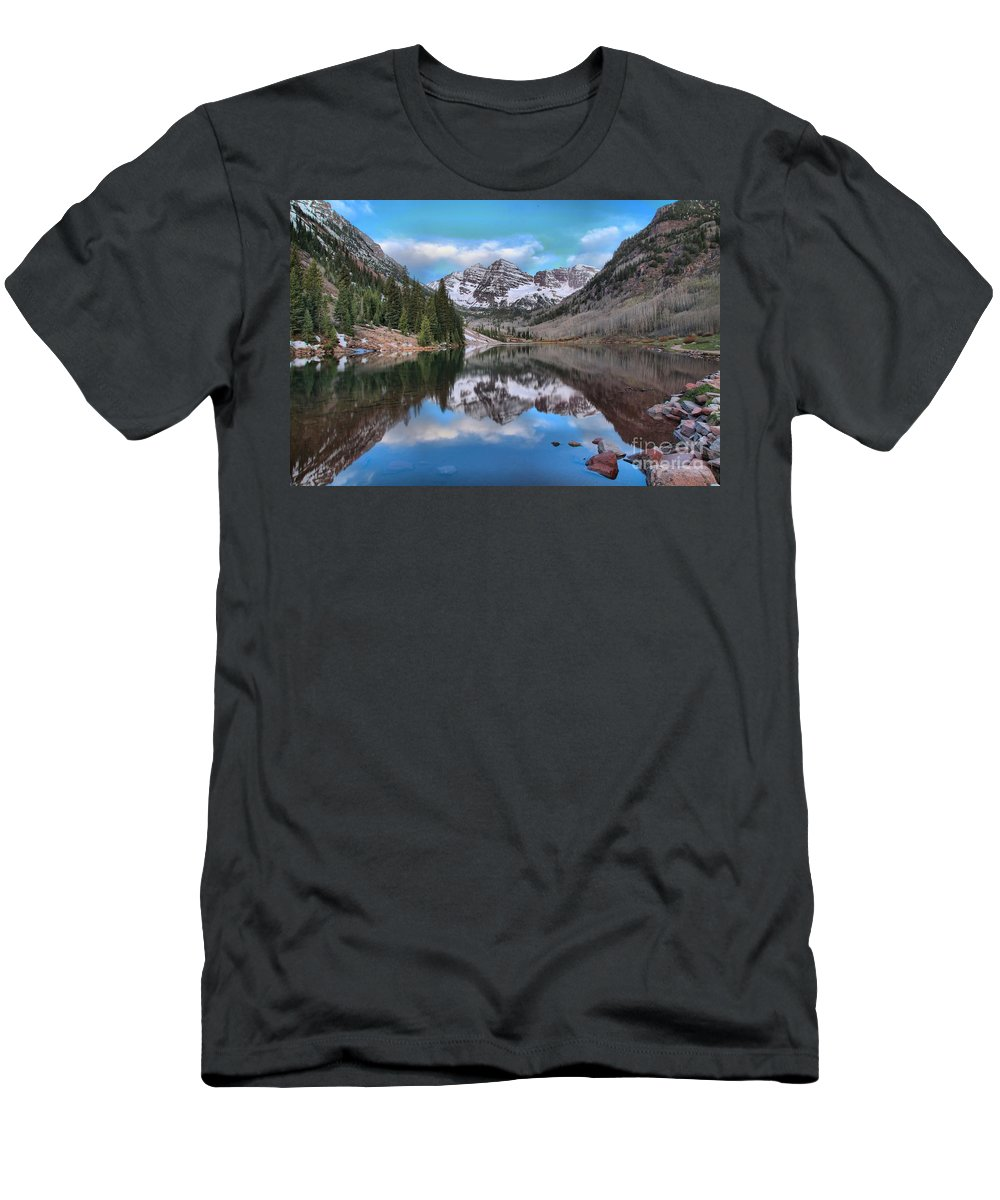 Maroon Bells Men's T-Shirt (Athletic Fit) featuring the photograph Morning At The Bells by Adam Jewell