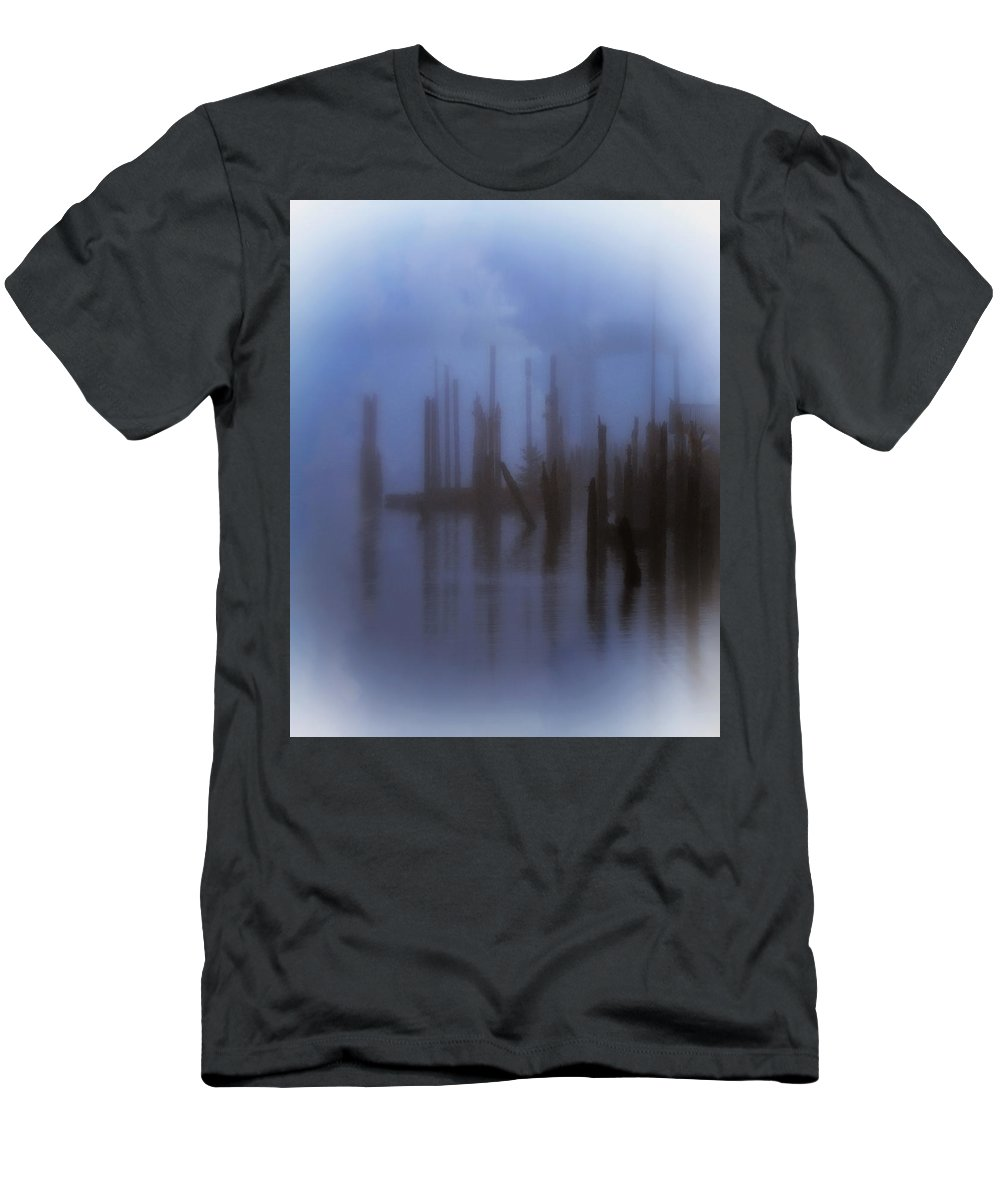 Oregon Men's T-Shirt (Athletic Fit) featuring the photograph Morning In Oregon by Terry Fiala