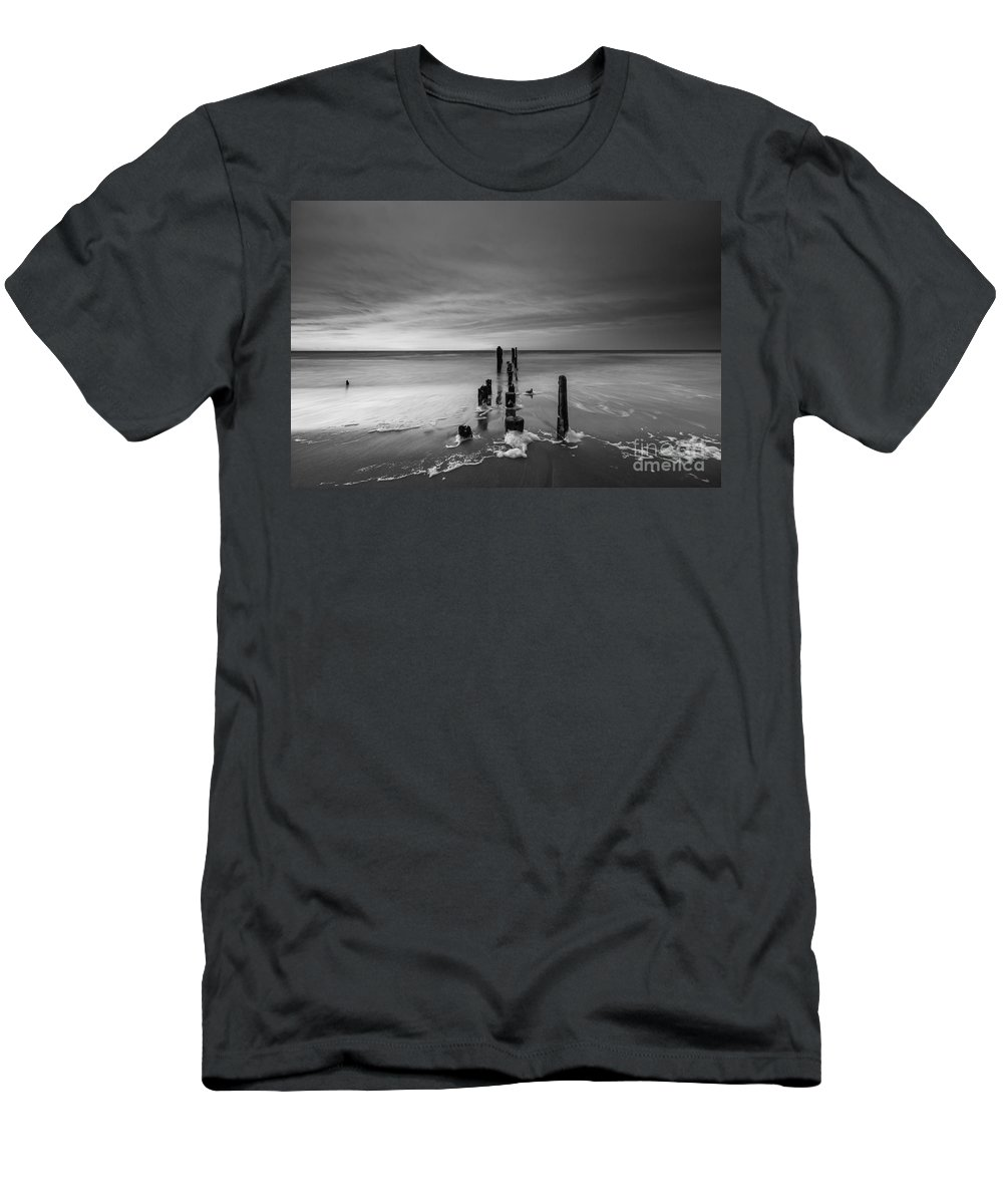 Morning Suds Men's T-Shirt (Athletic Fit) featuring the photograph Morning Suds Bw by Michael Ver Sprill