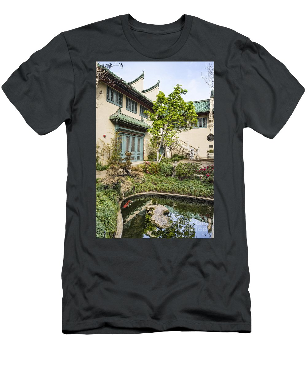 Usc Pacific Asia Museum Men's T-Shirt (Athletic Fit) featuring the photograph Museum Courtyard - Beautiful Courtyard Of The Pacific Asia Museum In Pasadena. by Jamie Pham
