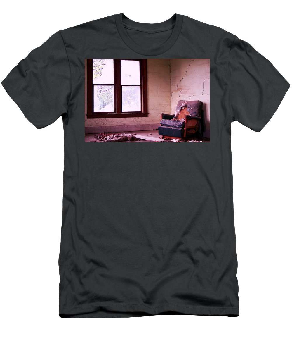 Abandoned Men's T-Shirt (Athletic Fit) featuring the photograph No Place Like Home by Gene Tatroe