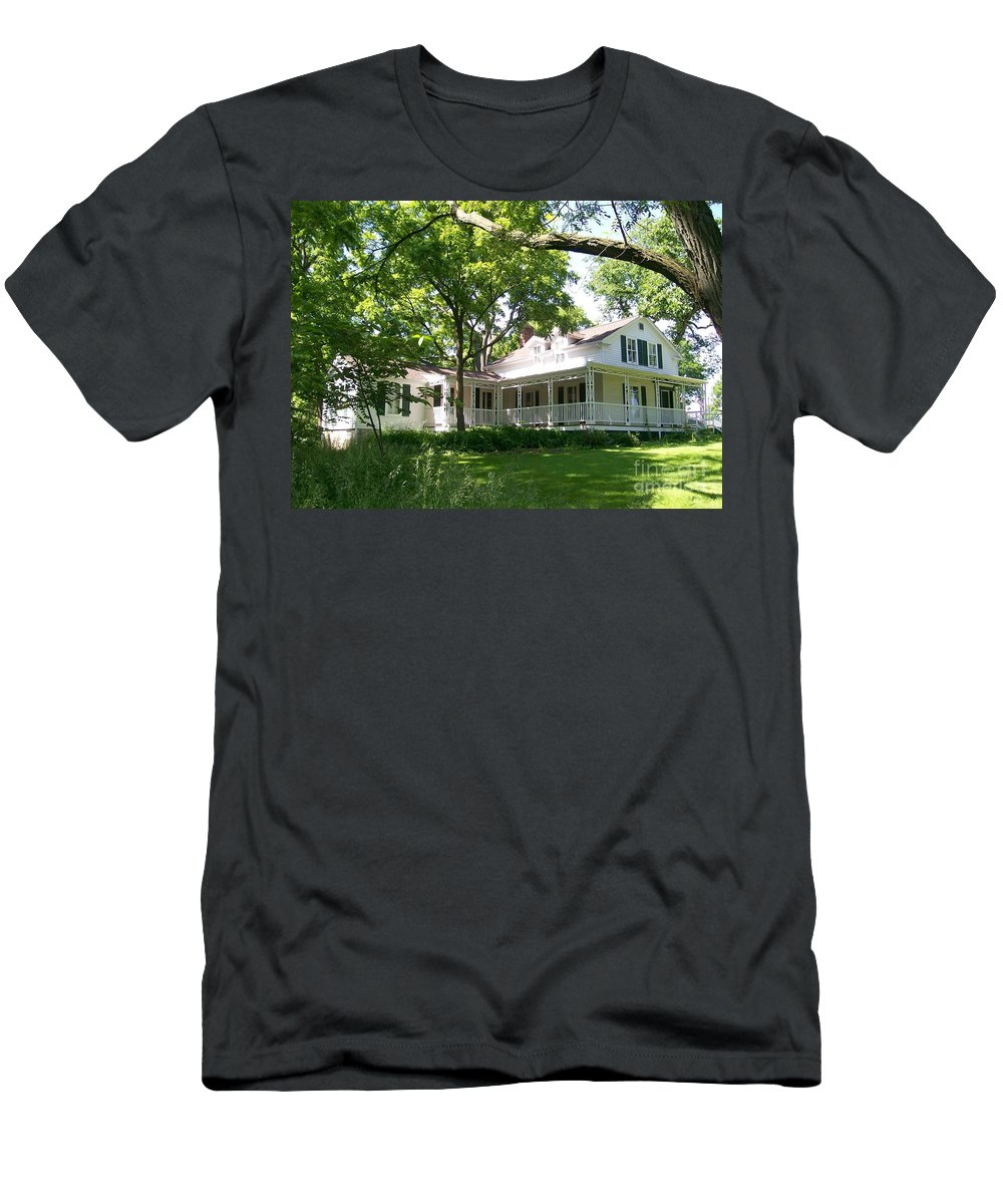 Greene Valley Men's T-Shirt (Athletic Fit) featuring the photograph Oak Cottage At Greene Valley Farm by Laurie Eve Loftin