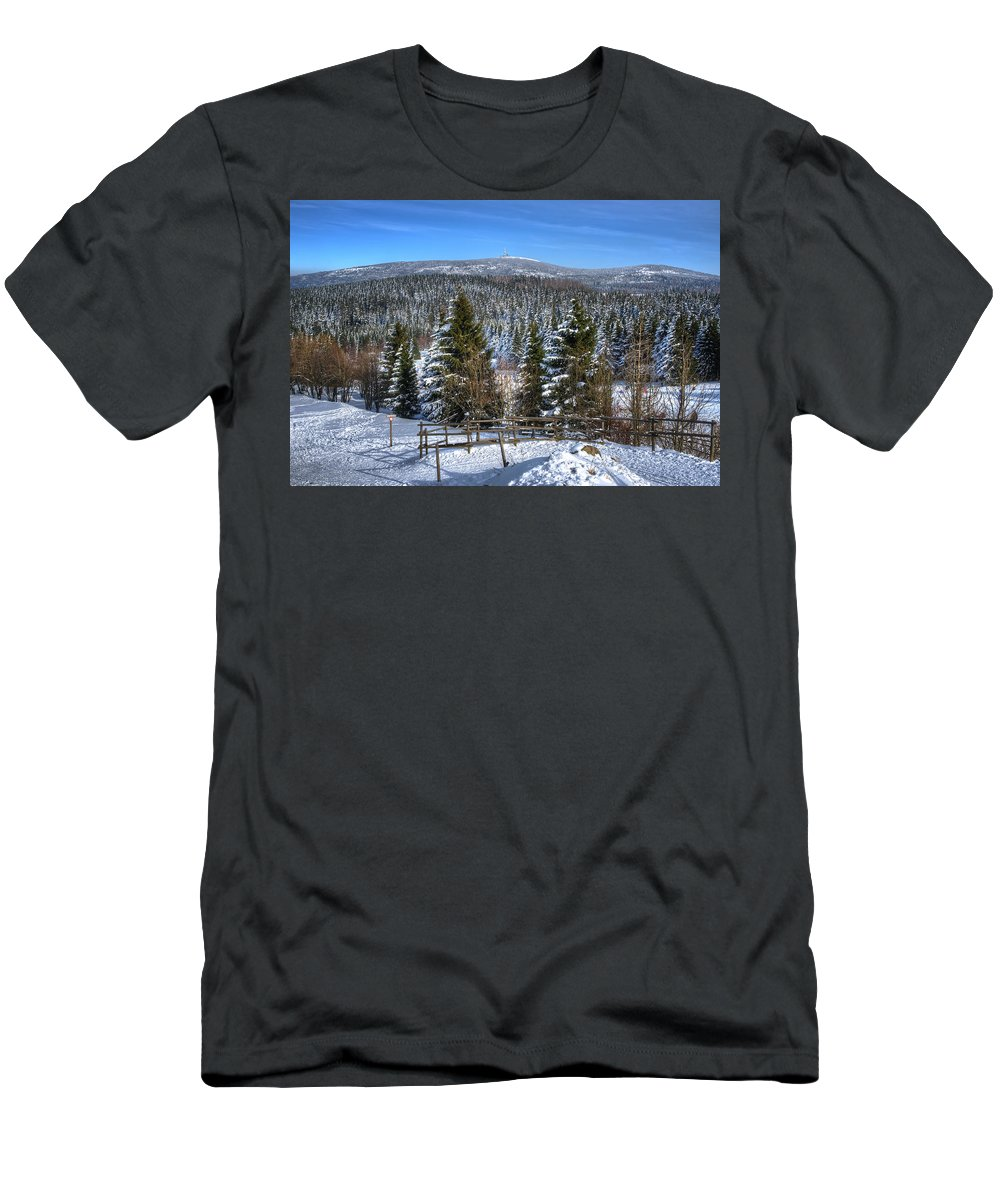 Tanne Men's T-Shirt (Athletic Fit) featuring the pyrography Oberharz by Steffen Gierok