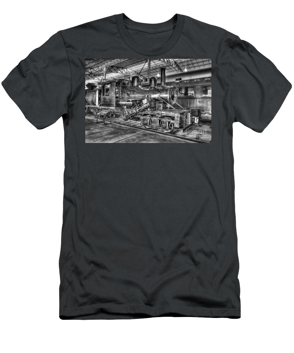 Climax Steam Engine Men's T-Shirt (Athletic Fit) featuring the photograph Old Climax No 4 by Paul W Faust - Impressions of Light