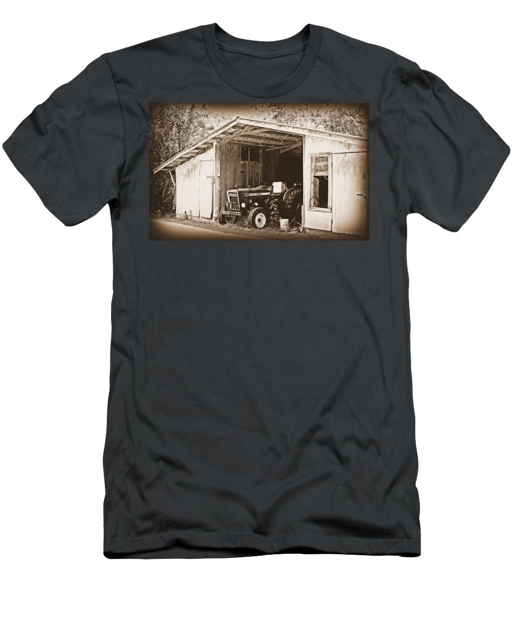 Ford Men's T-Shirt (Athletic Fit) featuring the photograph Old Ford by Faith Williams