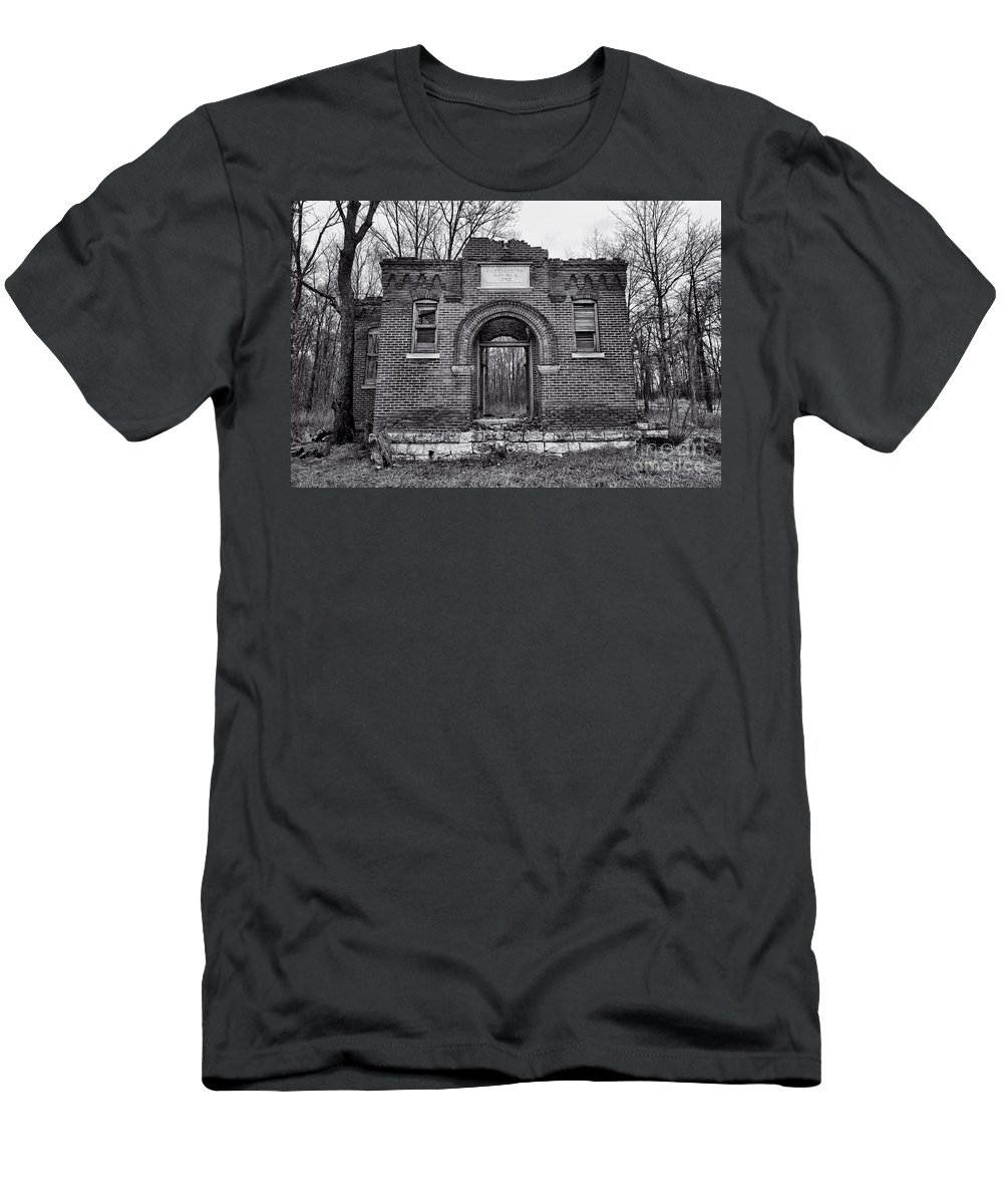 Old School Men's T-Shirt (Athletic Fit) featuring the photograph Old School Bw by David Arment