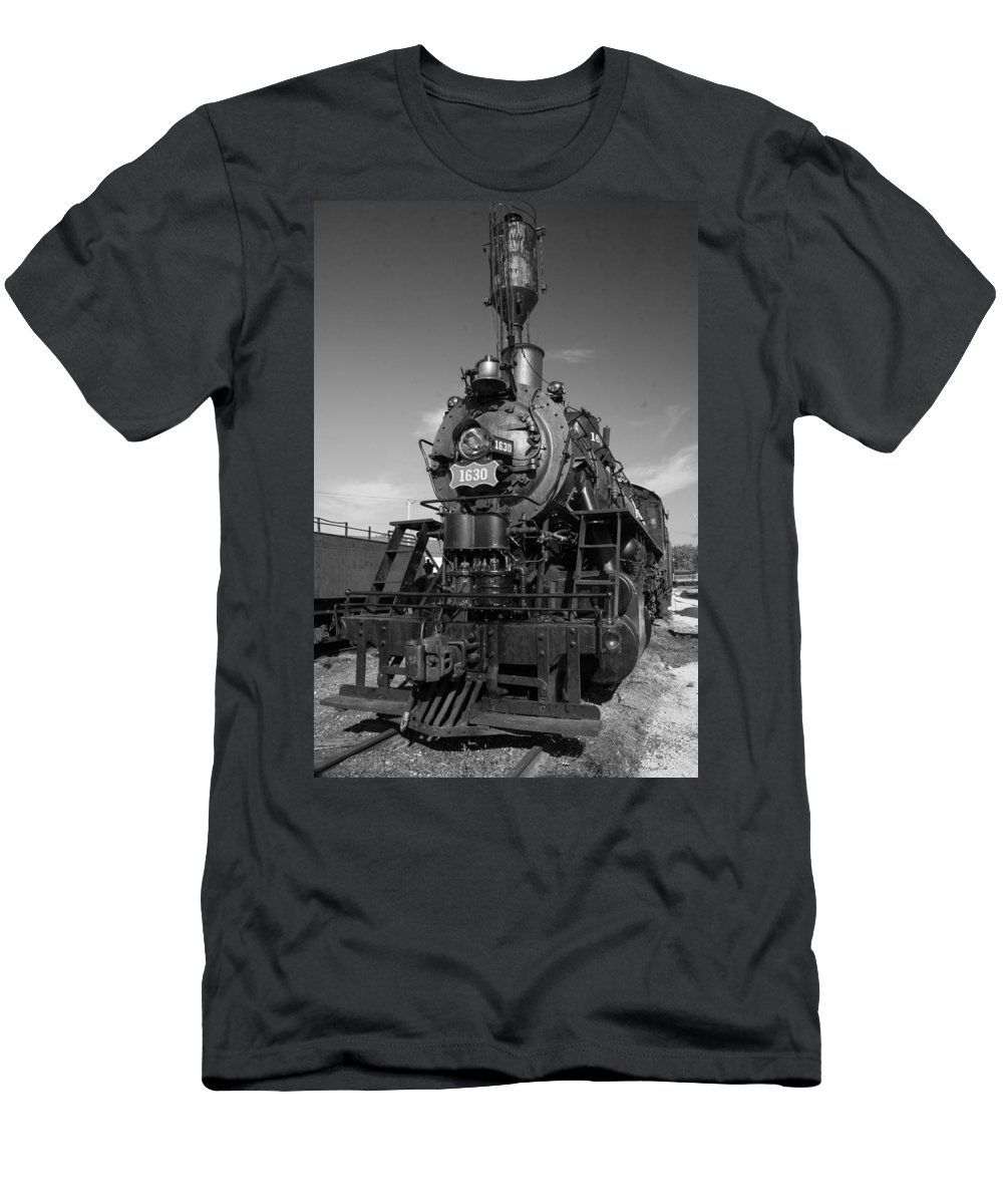 Trains Men's T-Shirt (Athletic Fit) featuring the photograph Old Steam Engine Black And White by Robert Storost