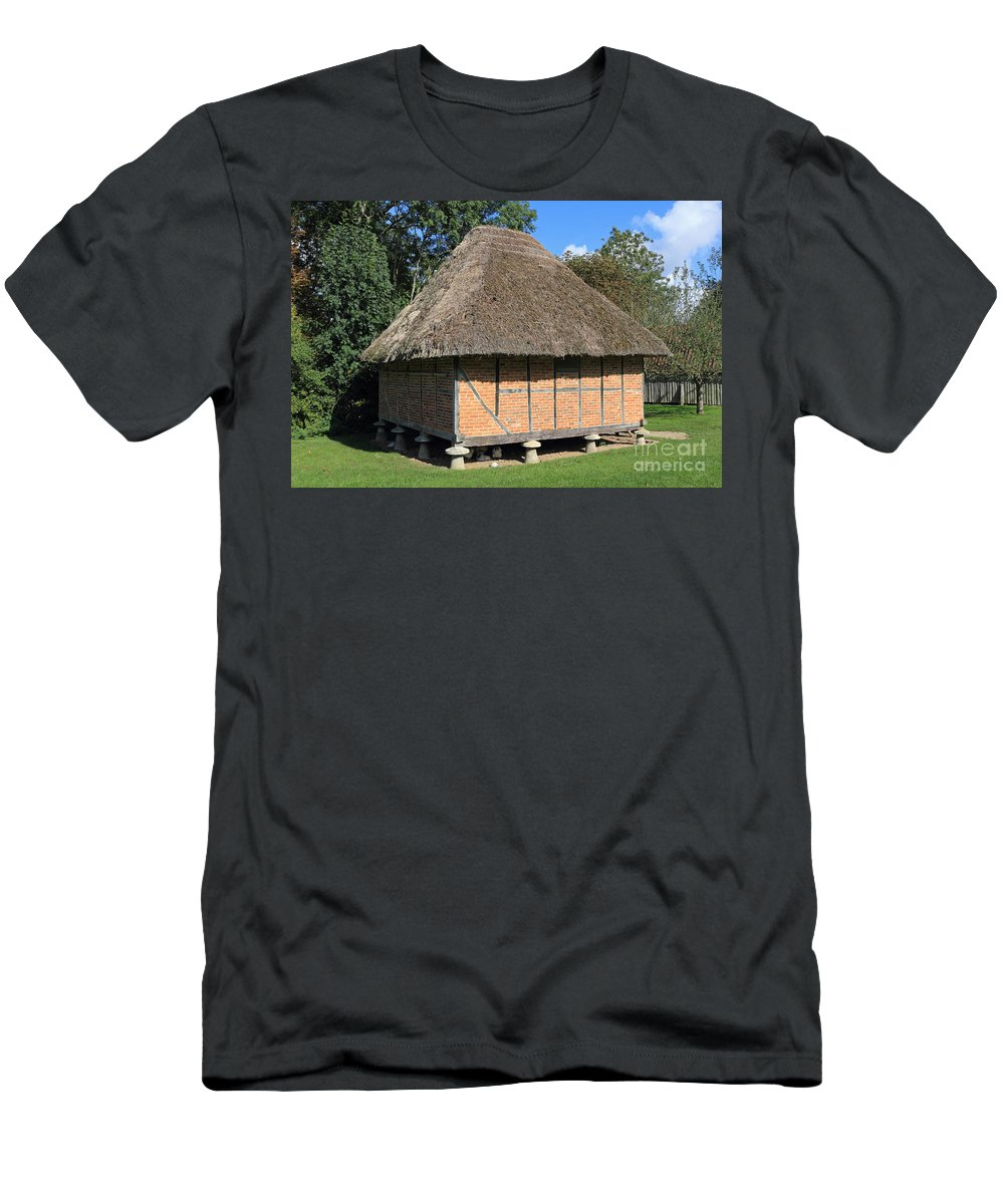 Traditional Old Cottage Britain Barn Thatch Men's T-Shirt (Athletic Fit) featuring the photograph Old Thatched Barn Britain by Julia Gavin