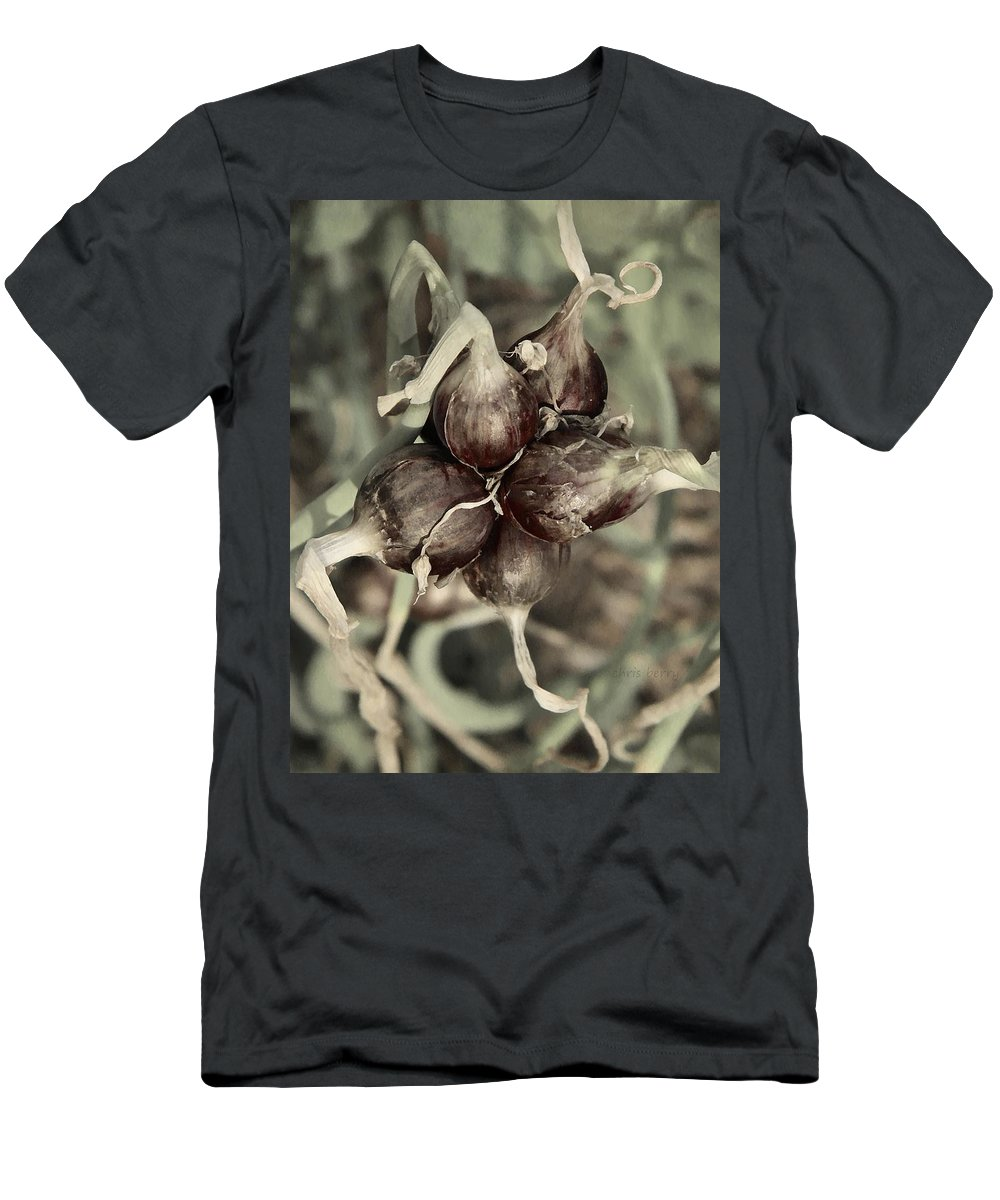 Onion Men's T-Shirt (Athletic Fit) featuring the photograph Onion Seed Heads by Chris Berry