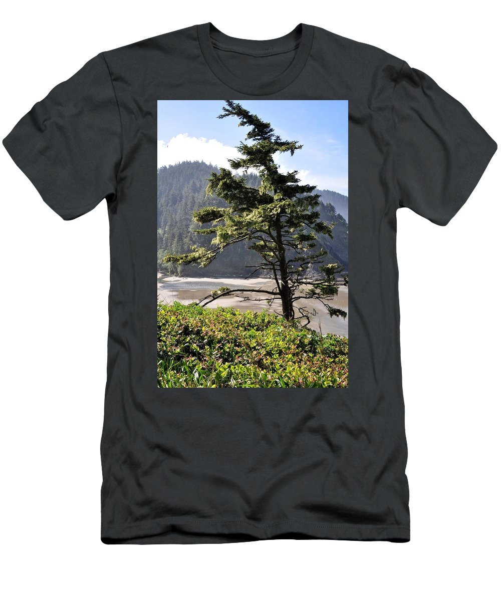 Oregon Men's T-Shirt (Athletic Fit) featuring the photograph Oregon - Heceta by Image Takers Photography LLC