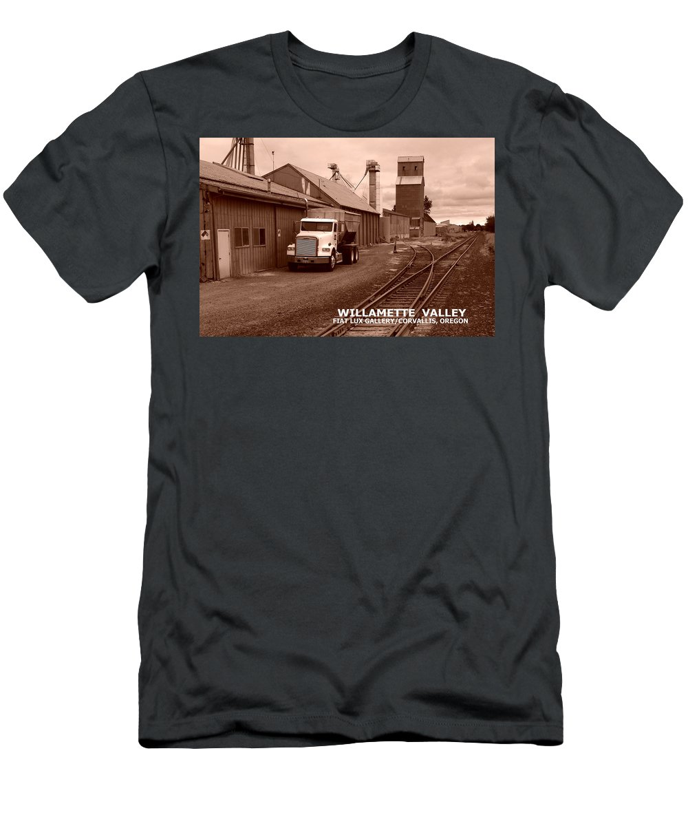 Willamette Valley Men's T-Shirt (Athletic Fit) featuring the photograph Oregon's Willamette Valley by Michael Moore