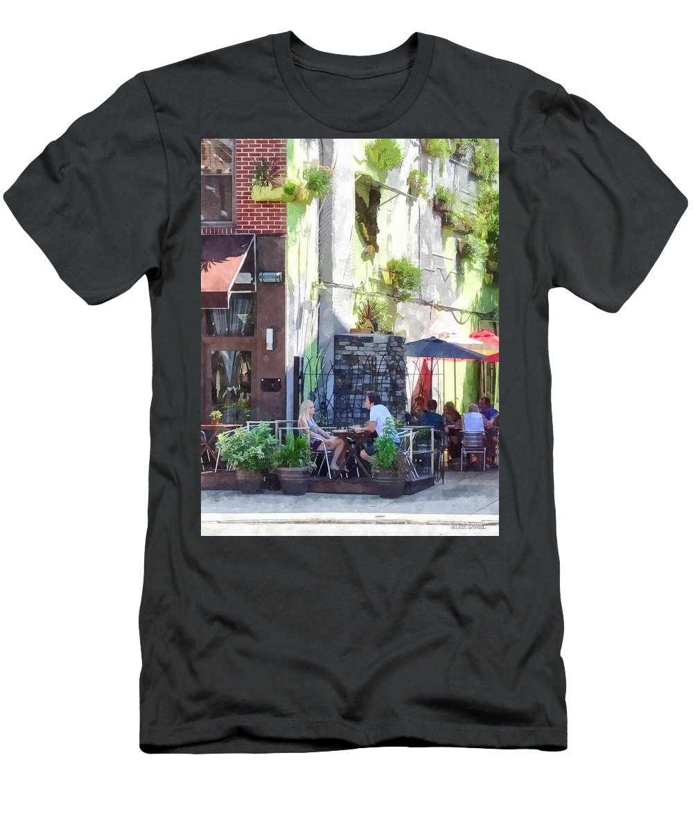 Cafe Men's T-Shirt (Athletic Fit) featuring the photograph Outdoor Cafe Philadelphia Pa by Susan Savad