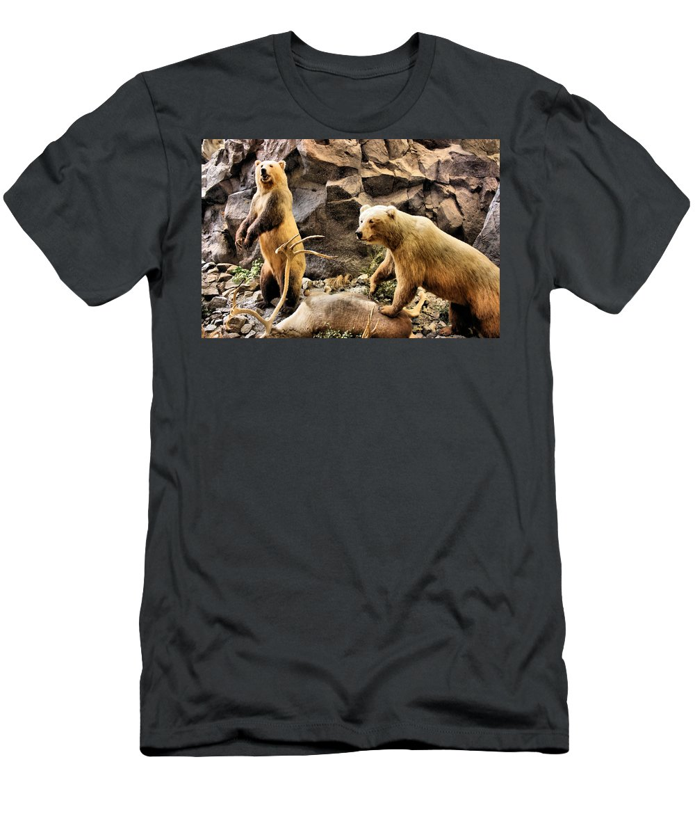 Bear Men's T-Shirt (Athletic Fit) featuring the photograph Ownership by Kristin Elmquist