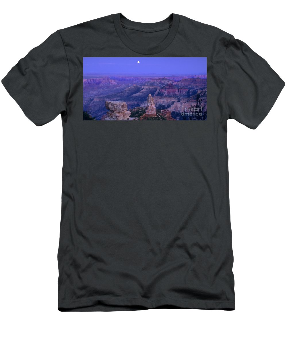 North America Men's T-Shirt (Athletic Fit) featuring the photograph Panorama Moonrise Over Point Imperial Grand Canyon National Park by Dave Welling