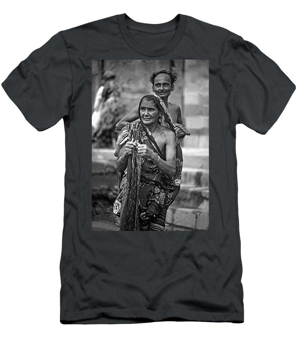 Varanasi Men's T-Shirt (Athletic Fit) featuring the photograph Partners Bw by Steve Harrington