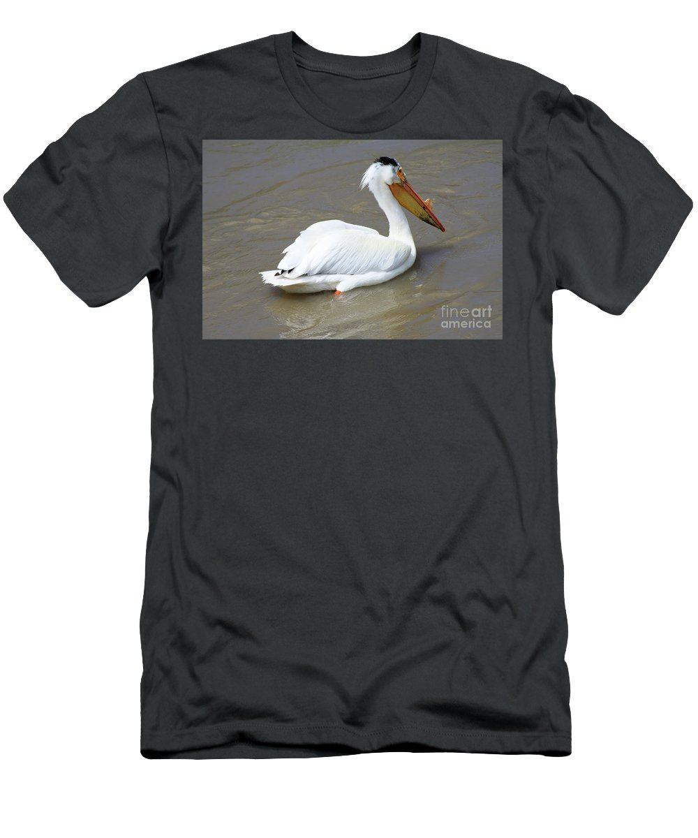 Bird Men's T-Shirt (Athletic Fit) featuring the photograph Pelecanus Eerythrorhynchos by Alyce Taylor