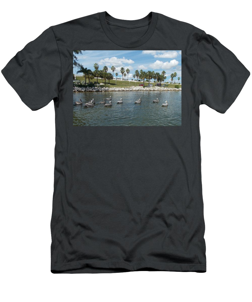 Pelican Men's T-Shirt (Athletic Fit) featuring the pyrography Pelicans Parade by To-Tam Gerwe