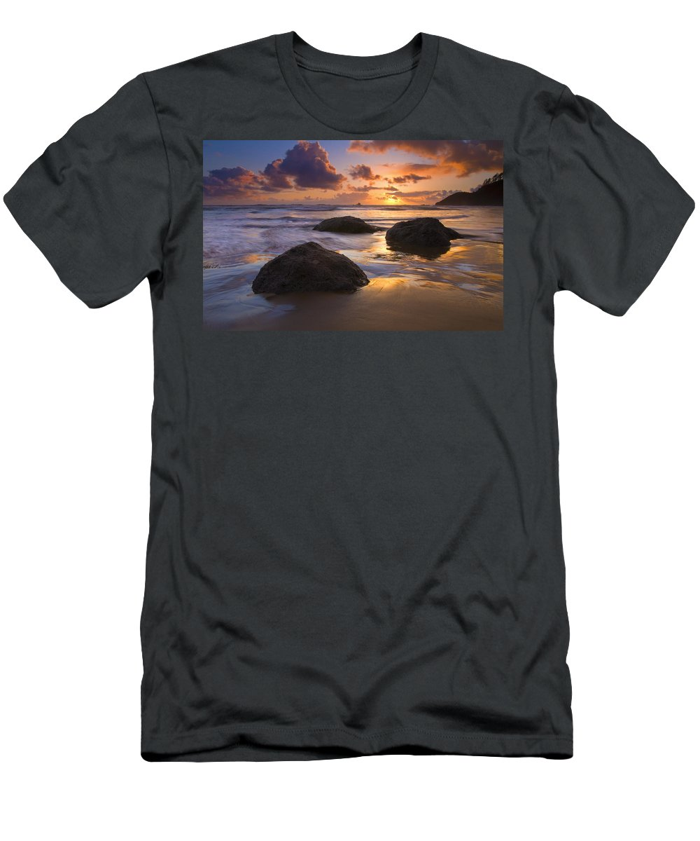 Sunset Men's T-Shirt (Athletic Fit) featuring the photograph Pieces Of Eight by Mike Dawson