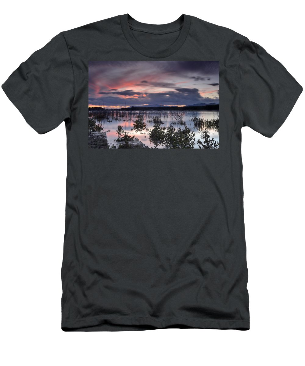 Sunset Men's T-Shirt (Athletic Fit) featuring the photograph Pink Sunset At The Lake by Guido Montanes Castillo