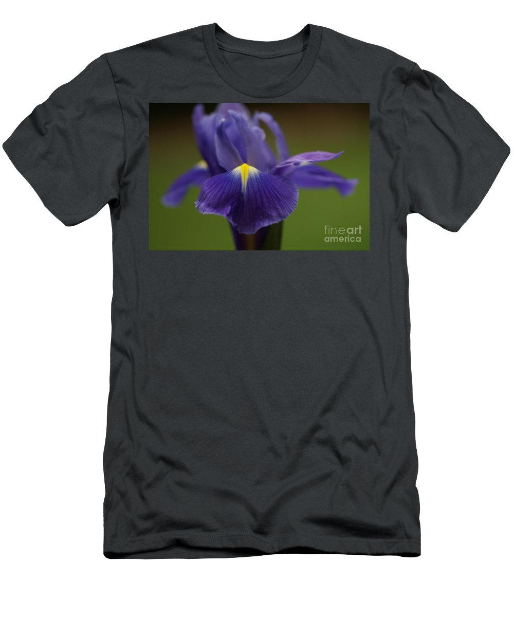 Purple Men's T-Shirt (Athletic Fit) featuring the photograph Purple Iris 6 by Carol Lynch