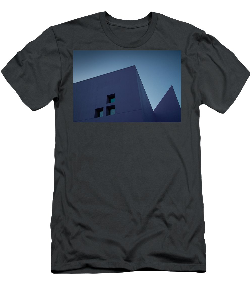San Jose Men's T-Shirt (Athletic Fit) featuring the photograph Purple Pyramids by Dayne Reast