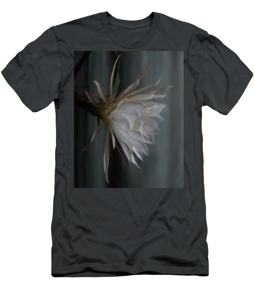 Floral Men's T-Shirt (Athletic Fit) featuring the photograph Queen Of The Night by Susan Capuano