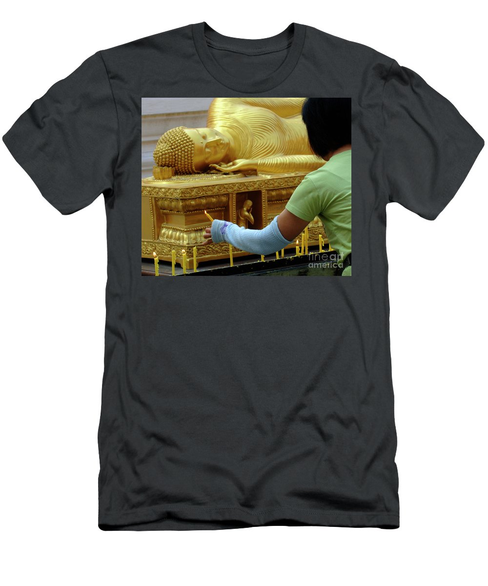 Buddha Men's T-Shirt (Athletic Fit) featuring the photograph Reclining Buddha Prayer Candles by Bob Christopher
