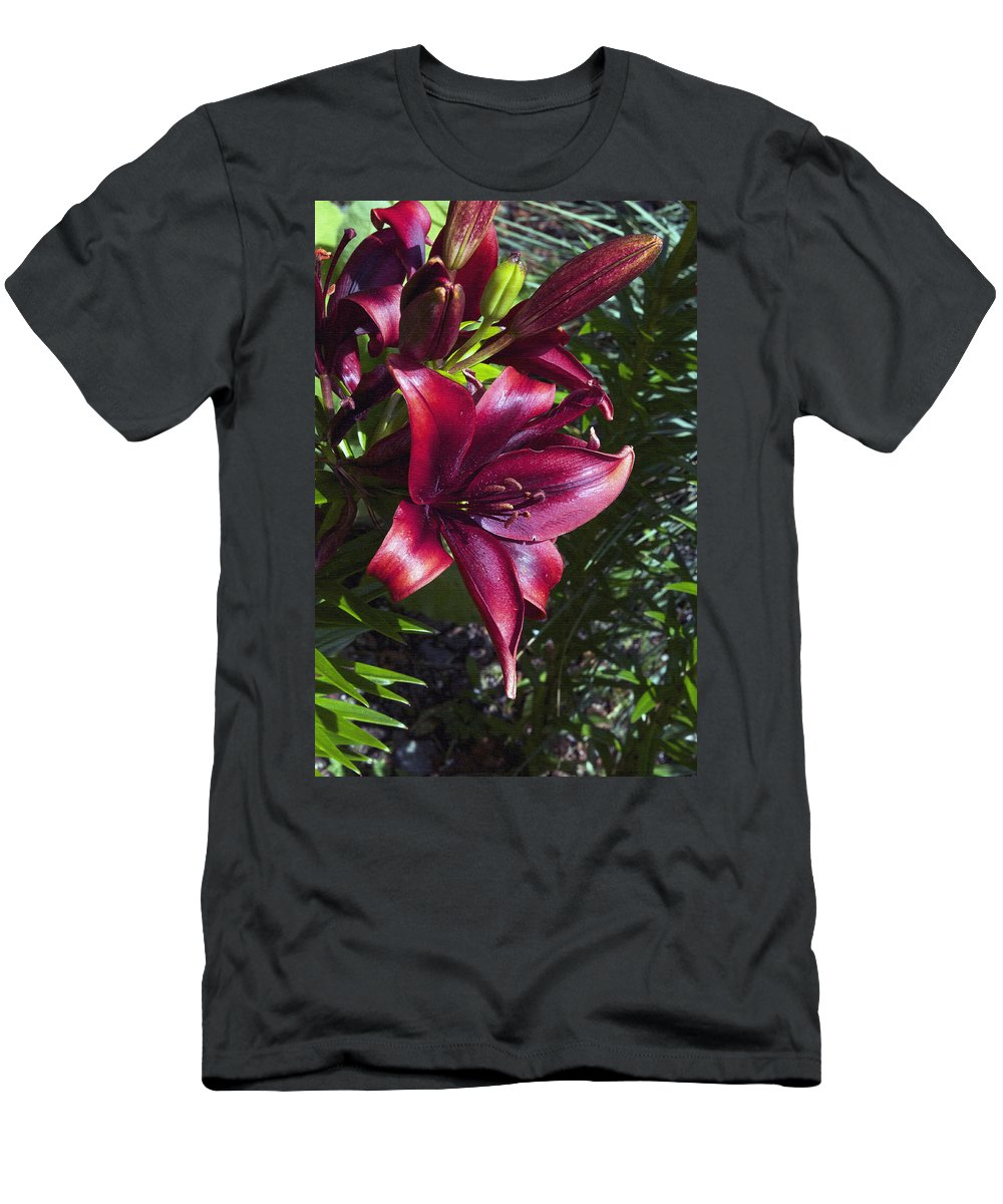 Red Men's T-Shirt (Athletic Fit) featuring the photograph Red Lilies by Cathy Mahnke