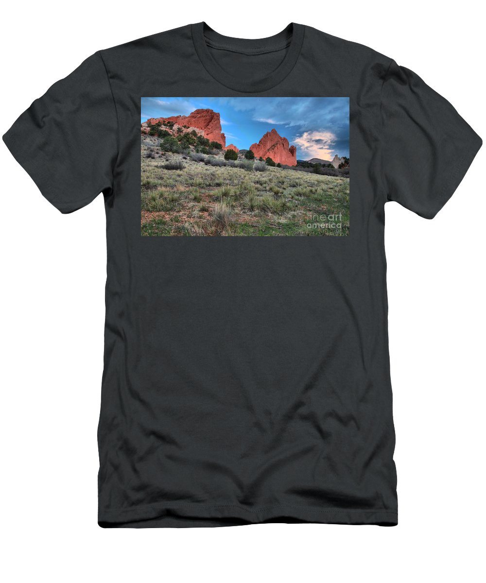 Garden Of The Gods Men's T-Shirt (Athletic Fit) featuring the photograph Red Rock Sunrise by Adam Jewell