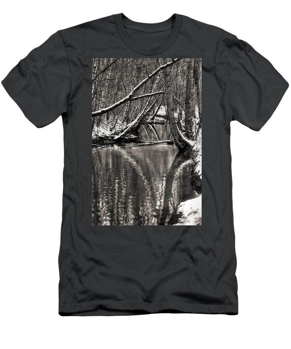Snow Men's T-Shirt (Athletic Fit) featuring the photograph Reflections In The Snow by Nick Field