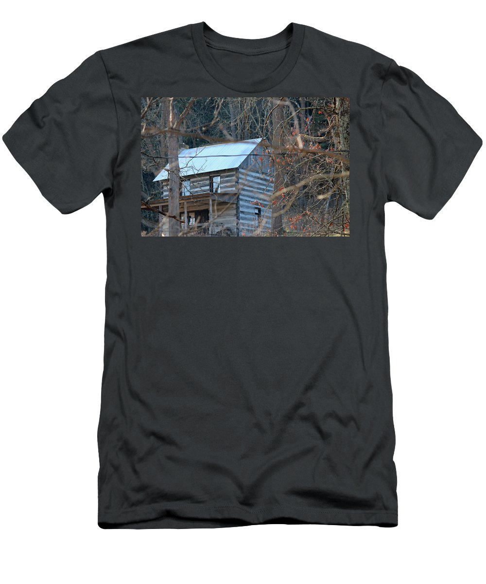 Knox County Photography Prints Men's T-Shirt (Athletic Fit) featuring the photograph Reminiscent Of Another Time by R A W M