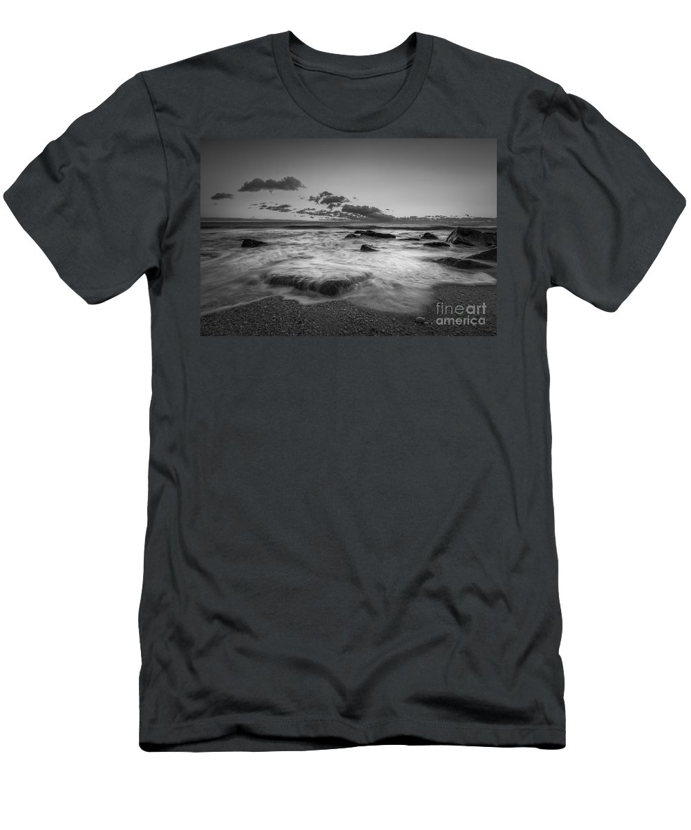 Michael Ver Sprill Men's T-Shirt (Athletic Fit) featuring the photograph Risint Tide Bw by Michael Ver Sprill