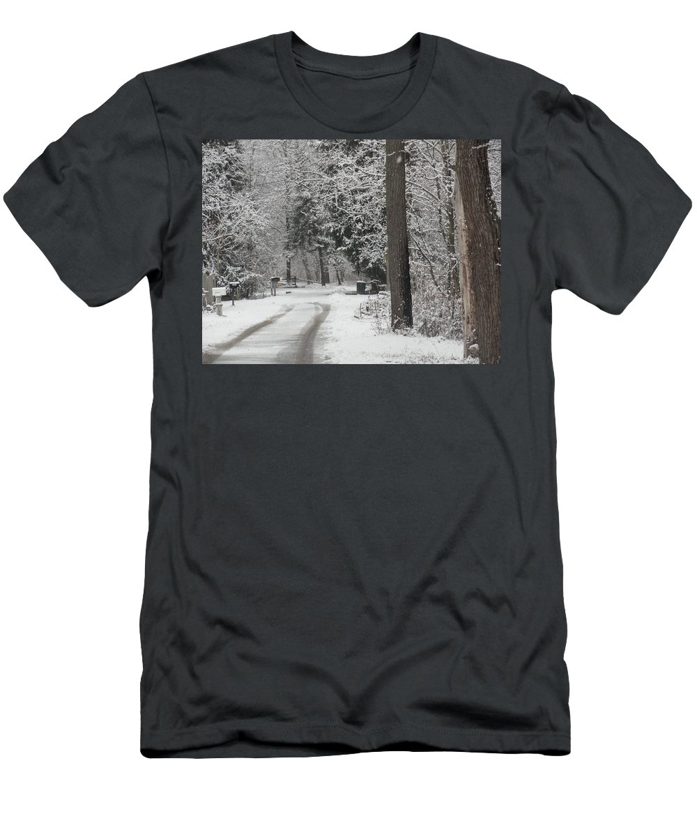Winter Scene Men's T-Shirt (Athletic Fit) featuring the photograph Road To Grandma's House by Stephanie Irvin