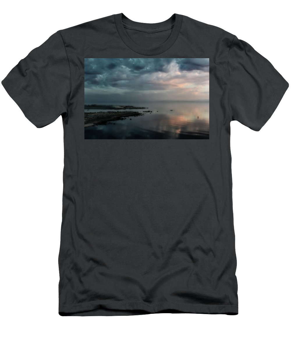 Salton Sea Men's T-Shirt (Athletic Fit) featuring the photograph Rolling By Like Thunder by Laurie Search