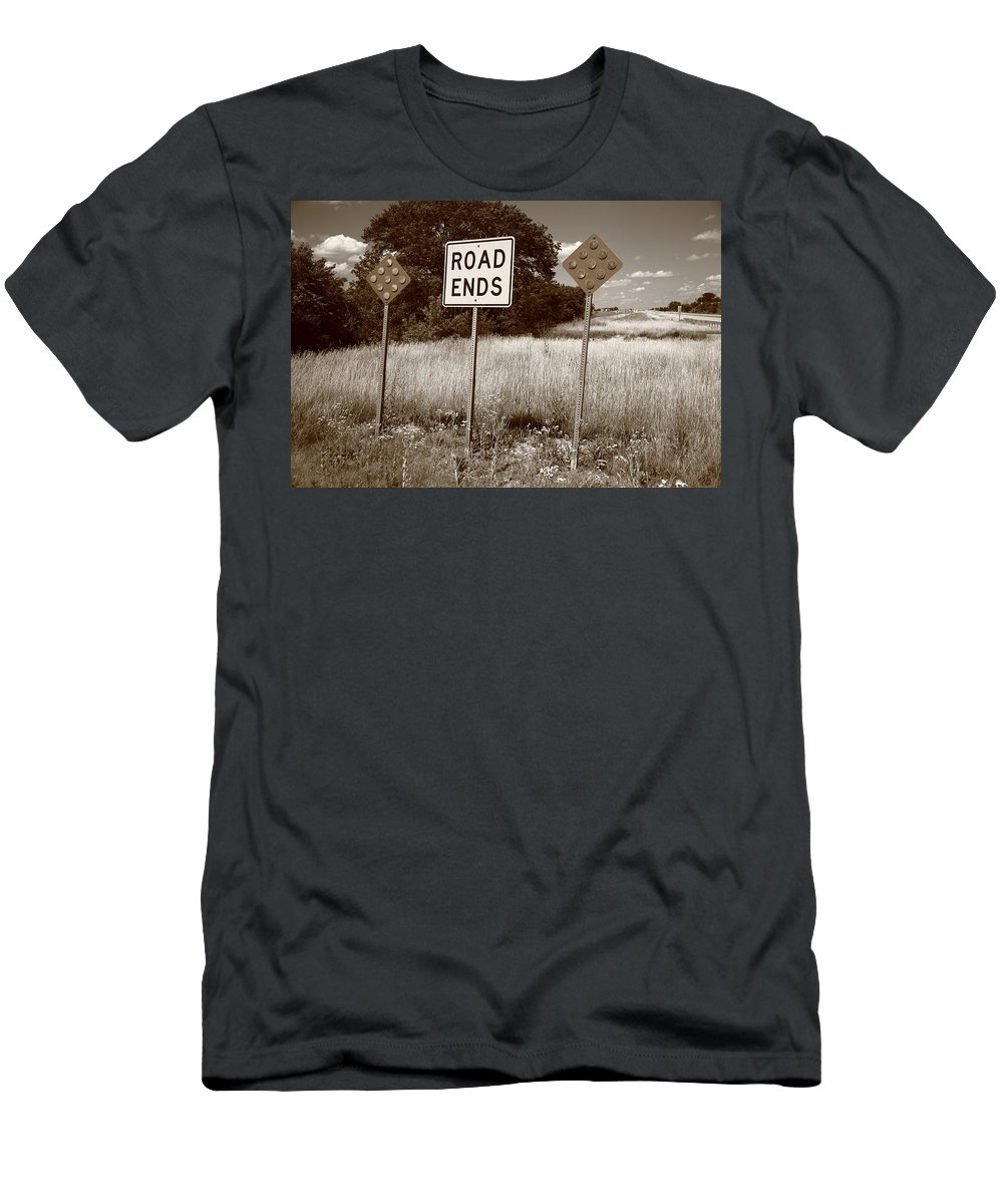 66 Men's T-Shirt (Athletic Fit) featuring the photograph Route 66 - End Of The Road by Frank Romeo